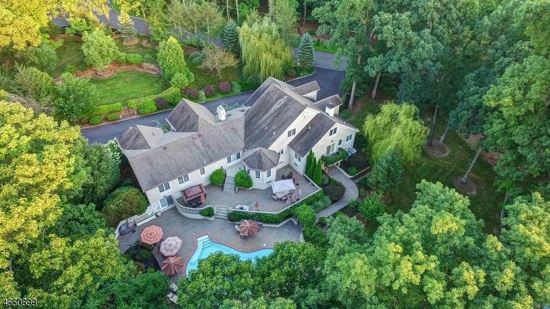 Частный односемейный дом для того Продажа на 20 Stanie Glen Road Watchung, 07069 Соединенные Штаты