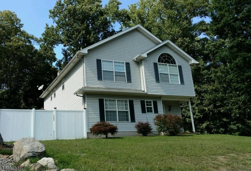 Casa Unifamiliar por un Venta en 4 Harris Avenue Stanhope, Nueva Jersey 07874 Estados Unidos
