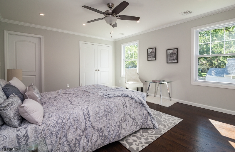 Additional photo for property listing at 2062 Church Avenue  Scotch Plains, New Jersey 07076 États-Unis