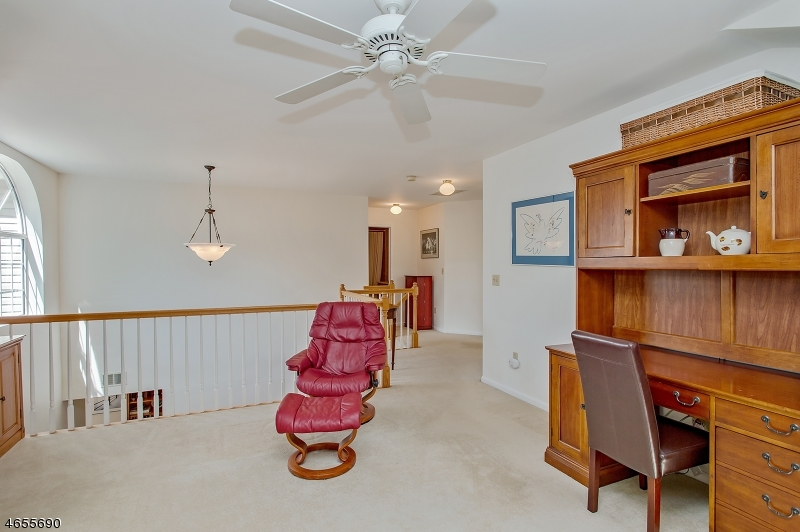 Additional photo for property listing at 29 Teal Lane  Bedminster, New Jersey 07921 United States