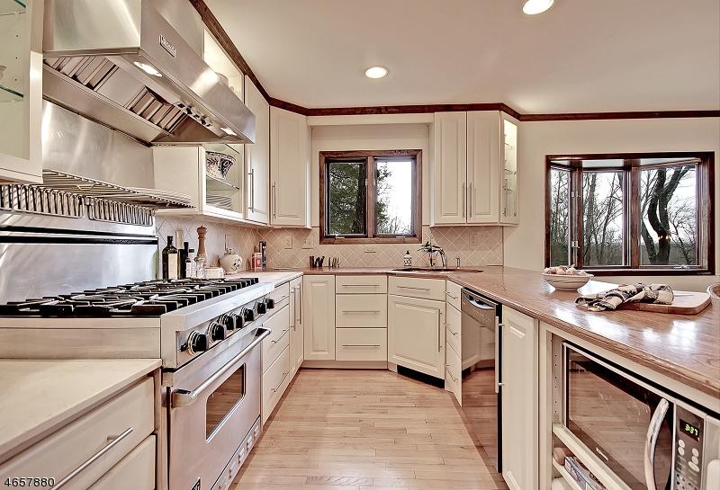 Additional photo for property listing at 11 Sassafras Place  Gillette, Nueva Jersey 07933 Estados Unidos