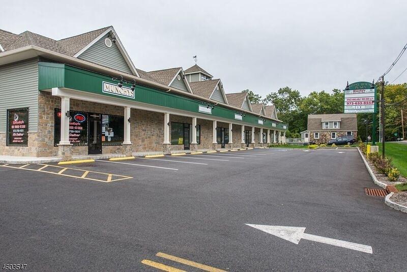 Коммерческий для того Продажа на 84 Boonton Avenue Butler, Нью-Джерси 07405 Соединенные Штаты
