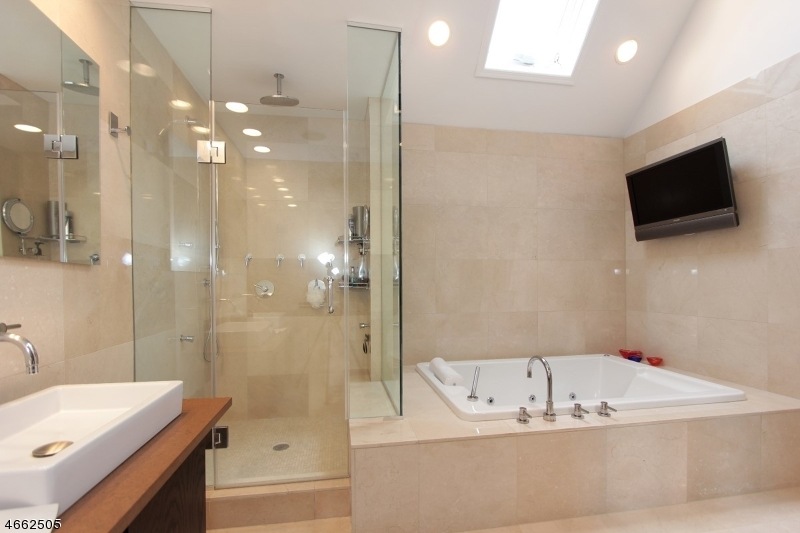 Additional photo for property listing at 20 Dorset Cir, C0020  Caldwell, 新泽西州 07006 美国