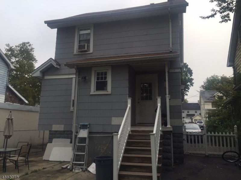 Additional photo for property listing at 310 E 4th Avenue  Roselle, New Jersey 07203 États-Unis