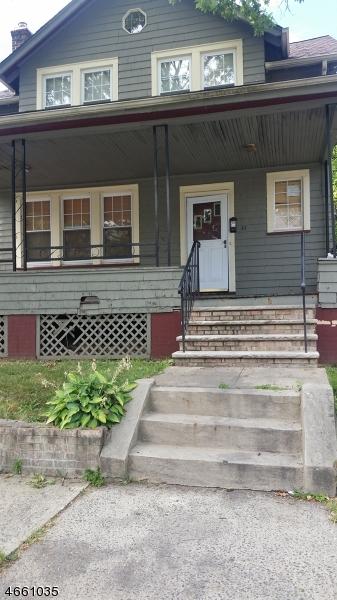 Casa Unifamiliar por un Venta en 47-49 OAKLAND TER Newark, Nueva Jersey 07106 Estados Unidos