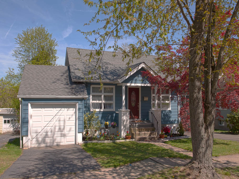 Частный односемейный дом для того Аренда на 42 Harrison Avenue Haledon, 07508 Соединенные Штаты