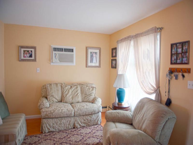 Additional photo for property listing at 42 Harrison Avenue  Haledon, Нью-Джерси 07508 Соединенные Штаты