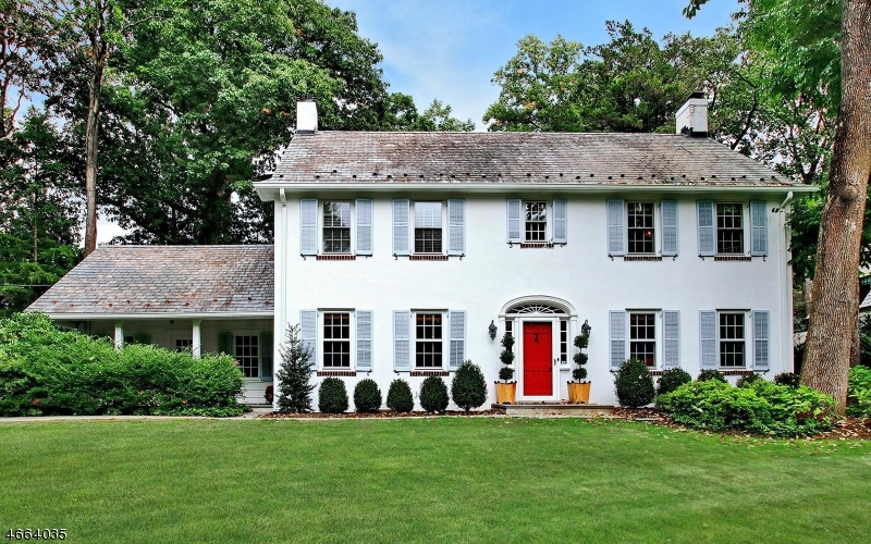 独户住宅 为 销售 在 30 Old Chester Road Essex Fells, 07021 美国