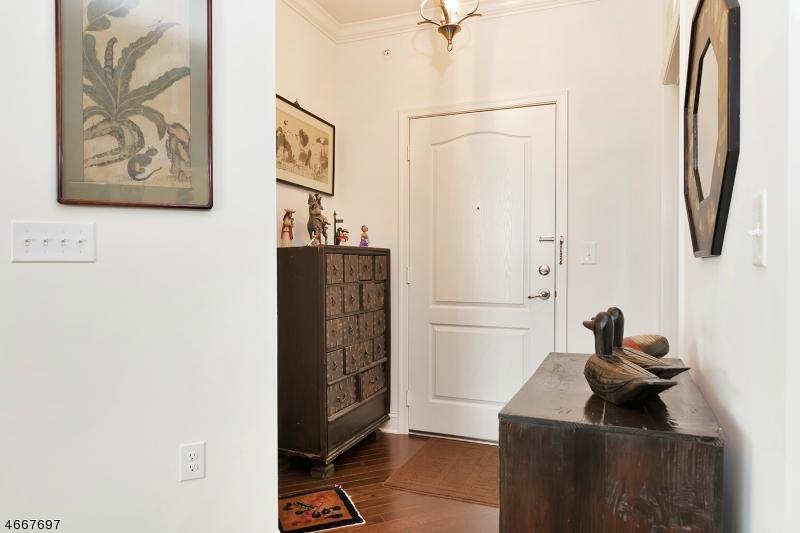 Частный односемейный дом для того Продажа на 5 Crystal Ct, D2 Woodland Park, 07424 Соединенные Штаты