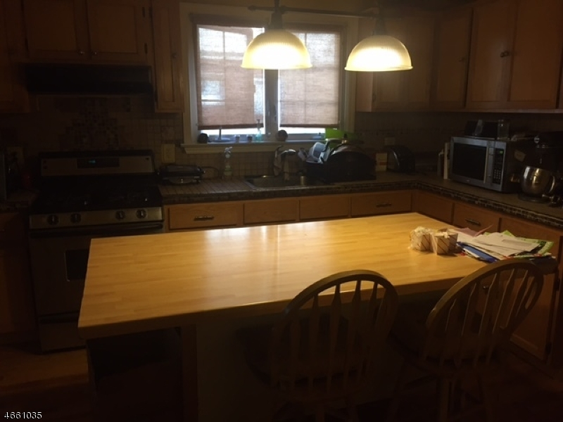 Additional photo for property listing at 47-49 OAKLAND TER  Newark, New Jersey 07106 United States