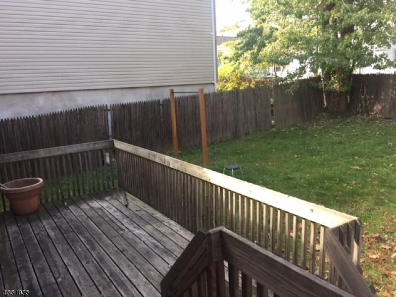 Additional photo for property listing at 47-49 OAKLAND TER  Newark, Nueva Jersey 07106 Estados Unidos