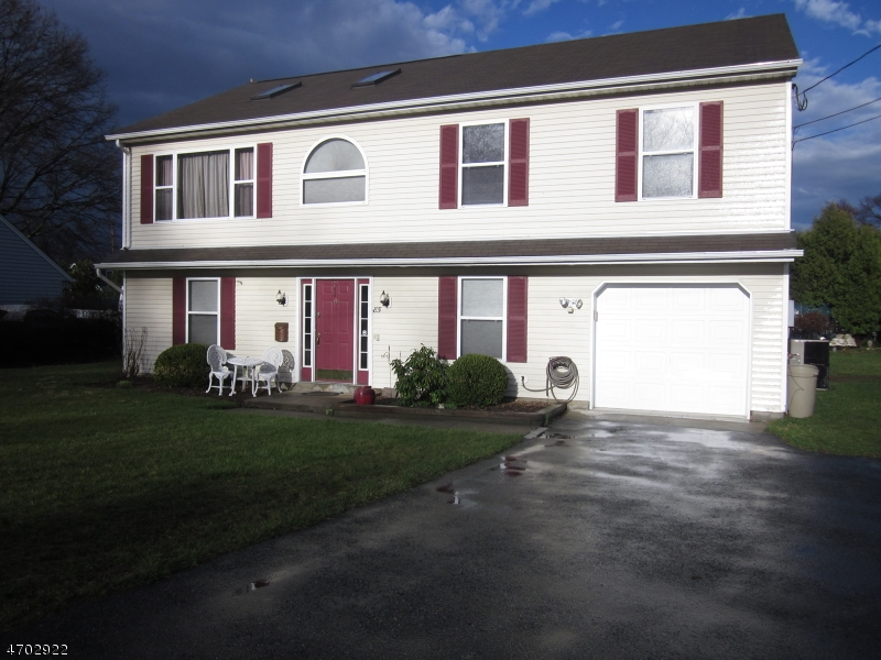 独户住宅 为 出租 在 85 Loy Avenue 里弗代尔, 新泽西州 07457 美国
