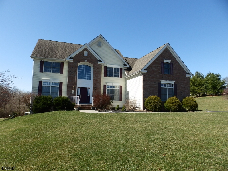 Single Family Home for Sale at 89 Airport Road Mansfield, 07840 United States