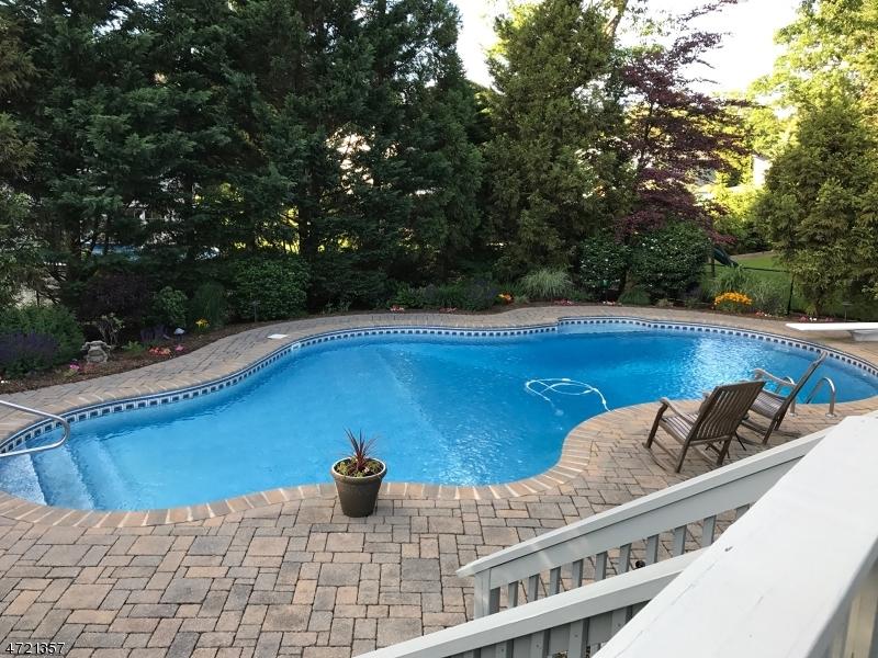 一戸建て のために 売買 アット 9 Brittany Court Ramsey, ニュージャージー 07446 アメリカ合衆国