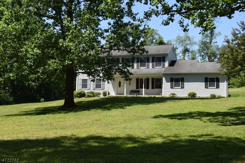 独户住宅 为 销售 在 547 Brass Castle Road Oxford, 新泽西州 07863 美国