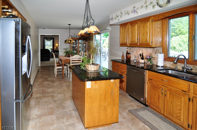 Additional photo for property listing at 9 Brittany Court  Ramsey, ニュージャージー 07446 アメリカ合衆国