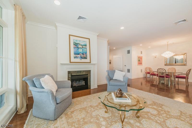 Casa Unifamiliar por un Venta en 307 Metzger Drive West Orange, Nueva Jersey 07052 Estados Unidos