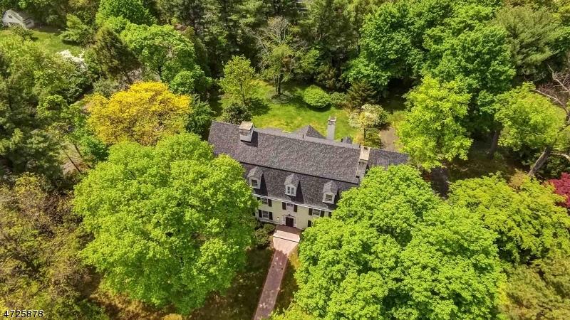 Частный односемейный дом для того Продажа на 996 HILLSIDE AVENUE Plainfield, 07060 Соединенные Штаты