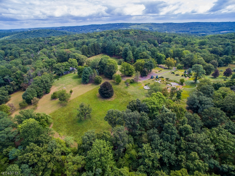 Additional photo for property listing at 11 Wright Lane  Mendham, New Jersey 07945 Verenigde Staten