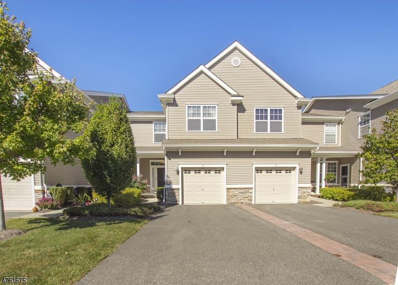 Eensgezinswoning voor Verkoop een t 17 Junegrass Way Allamuchy, New Jersey 07840 Verenigde Staten