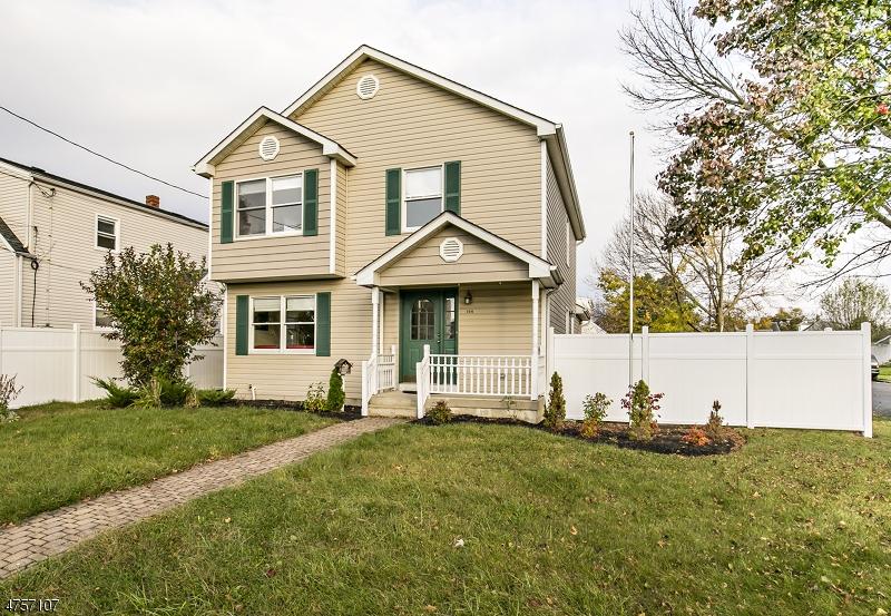 Villa per Vendita alle ore 144 N 9th Avenue Manville, New Jersey 08835 Stati Uniti