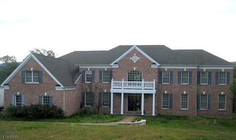 Casa Unifamiliar por un Venta en 138 Finch Road Ringwood, Nueva Jersey 07456 Estados Unidos