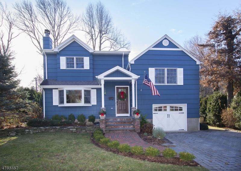Casa Unifamiliar por un Venta en 48 Oak Drive Roseland, Nueva Jersey 07068 Estados Unidos