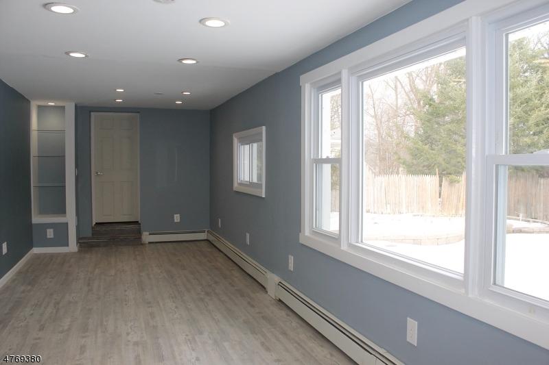 Casa Unifamiliar por un Alquiler en 36 Ella Street Bloomingdale, Nueva Jersey 07403 Estados Unidos