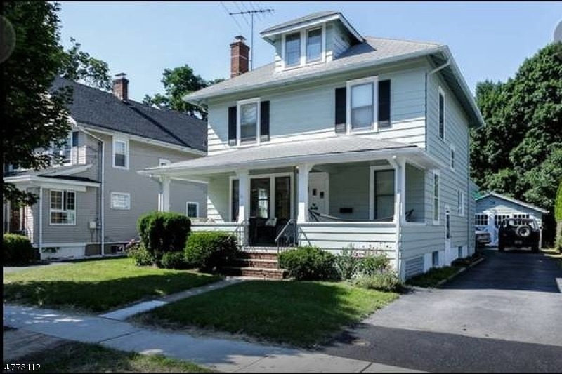 Single Family Home for Sale at 11 Mayfair Road 11 Mayfair Road Morris Plains, New Jersey 07950 United States