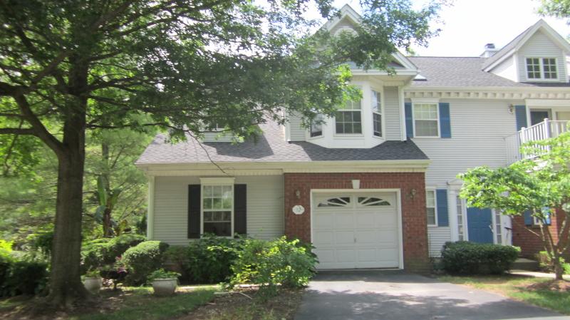 Maison unifamiliale pour l à louer à 52 TOPAZ Drive Franklin, New Jersey 08823 États-Unis