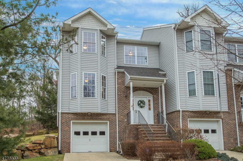 Single Family Home for Sale at 36 Rock Creek Terrace Riverdale, New Jersey 07457 United States