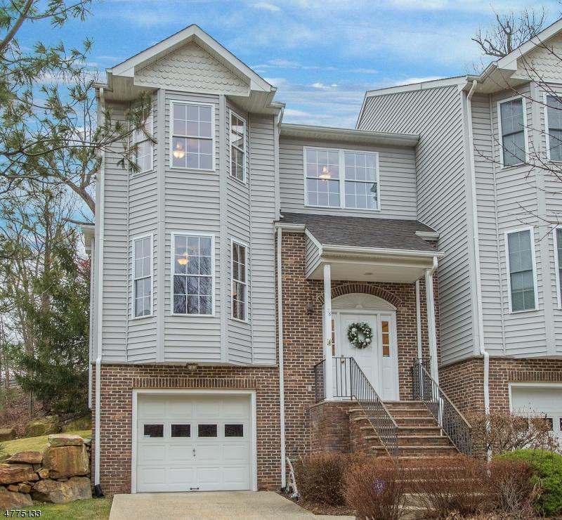 独户住宅 为 销售 在 36 Rock Creek Terrace 里弗代尔, 新泽西州 07457 美国