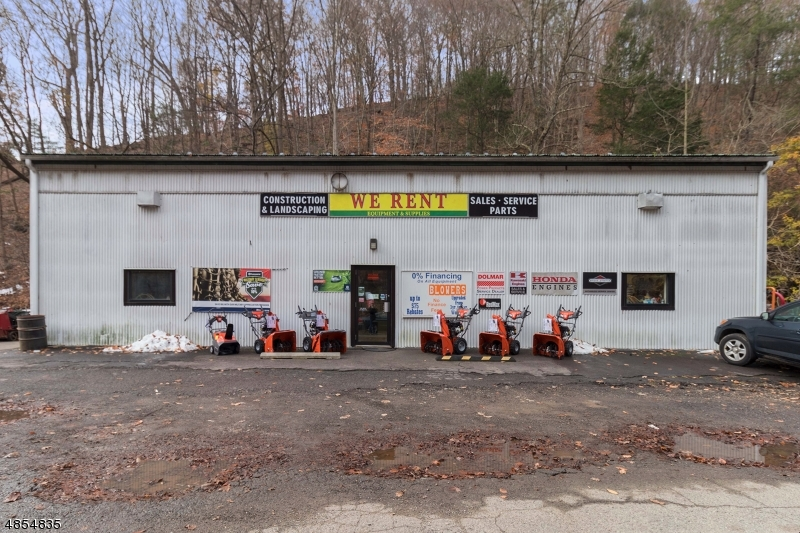 Commercial for Sale at 171 Water Street Milford, New Jersey 08848 United States