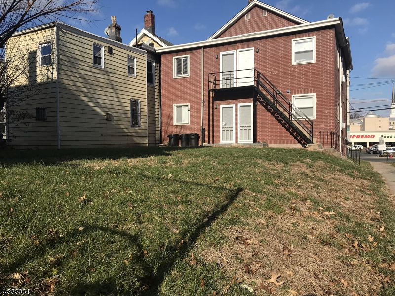 Villas / Townhouses for Sale at 714 PEARL ST 714 PEARL ST Elizabeth, New Jersey 07202 United States
