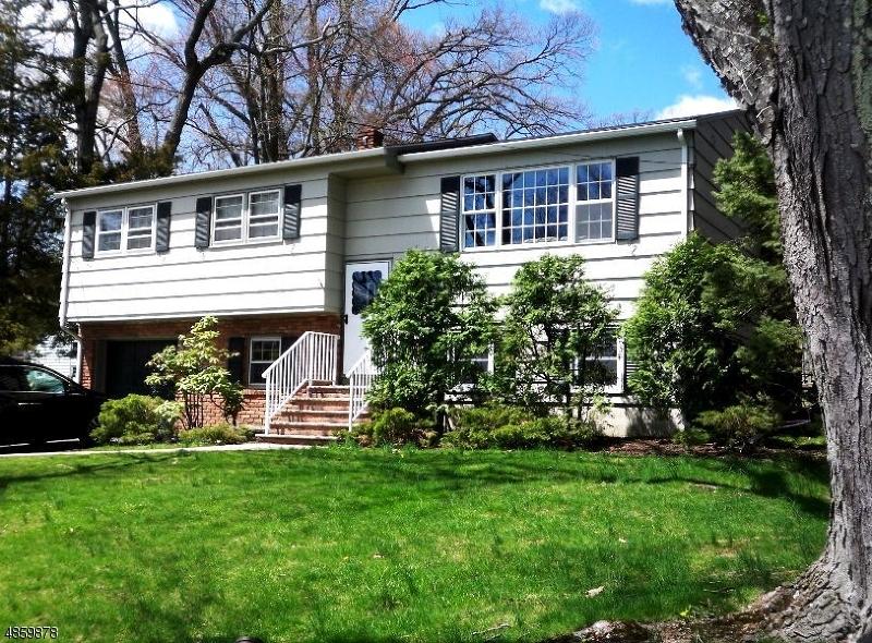 Maison unifamiliale pour l à louer à 44 Girard Avenue Chatham, New Jersey 07928 États-Unis