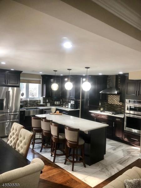 Частный односемейный дом для того Продажа на 27 FOREST Street Belleville, Нью-Джерси 07109 Соединенные Штаты