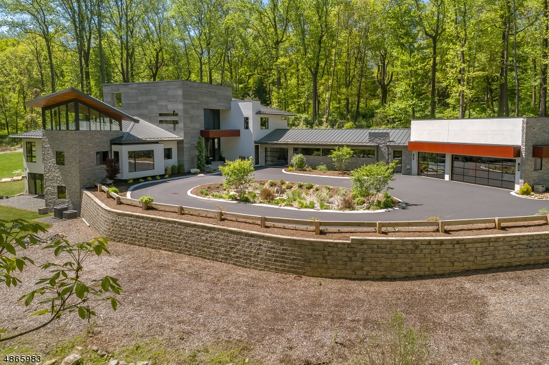 Single Family Home for Sale at Bernardsville, New Jersey 07924 United States