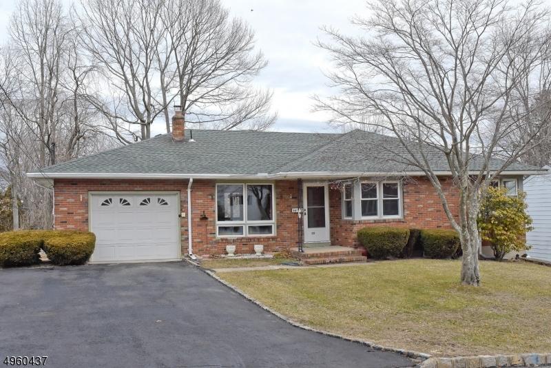 Single Family Homes por un Venta en Netcong, Nueva Jersey 07857 Estados Unidos