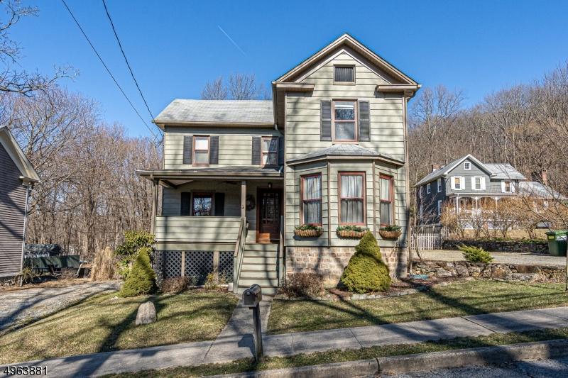 Single Family Homes por un Venta en Califon, Nueva Jersey 07830 Estados Unidos