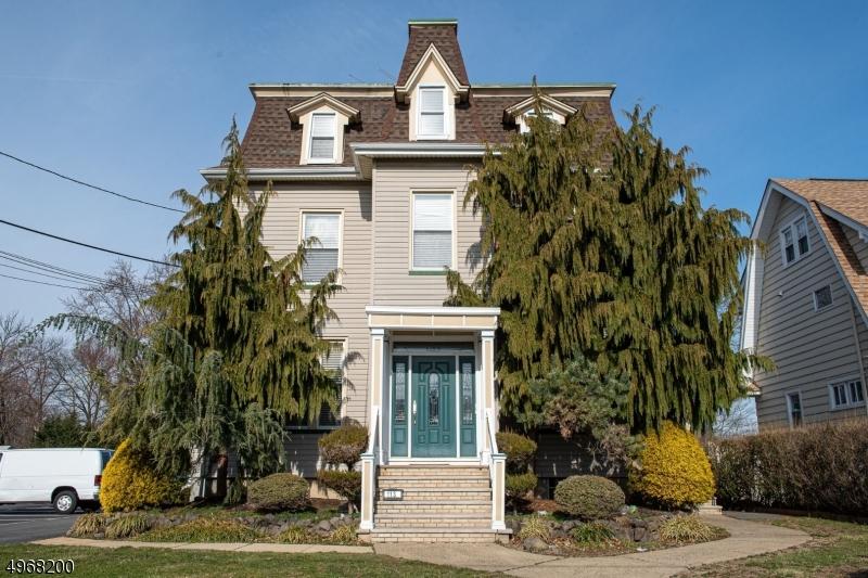 Comercial por un Venta en Cranford, Nueva Jersey 07016 Estados Unidos