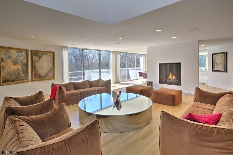 Additional photo for property listing at 1 Carriage Hill Drive  Mendham, New Jersey 07931 États-Unis