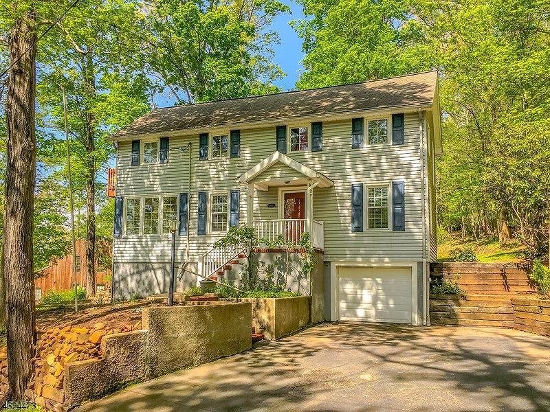 独户住宅 为 销售 在 1805 Woodland Ter Bound Brook, 08805 美国
