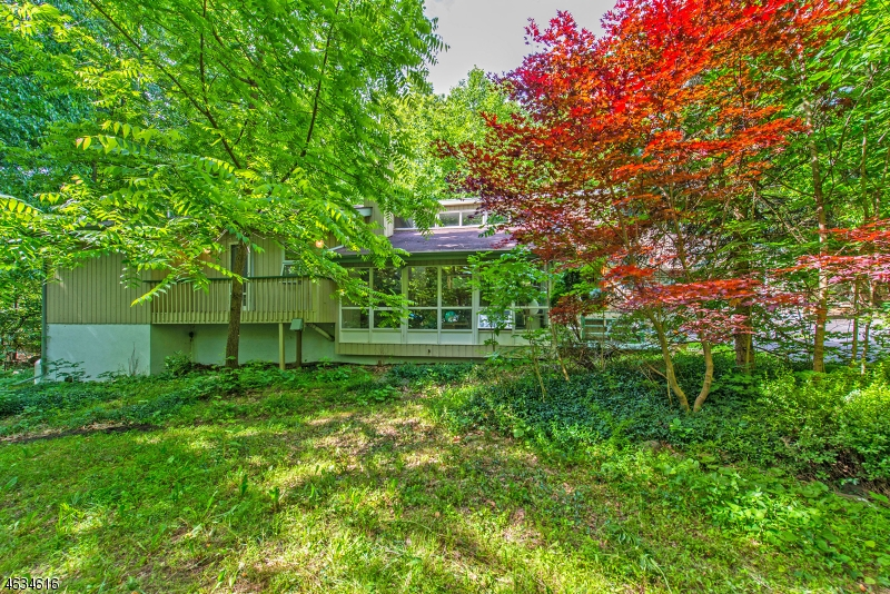 Additional photo for property listing at 202 Magee Road  Ringwood, Nueva Jersey 07456 Estados Unidos