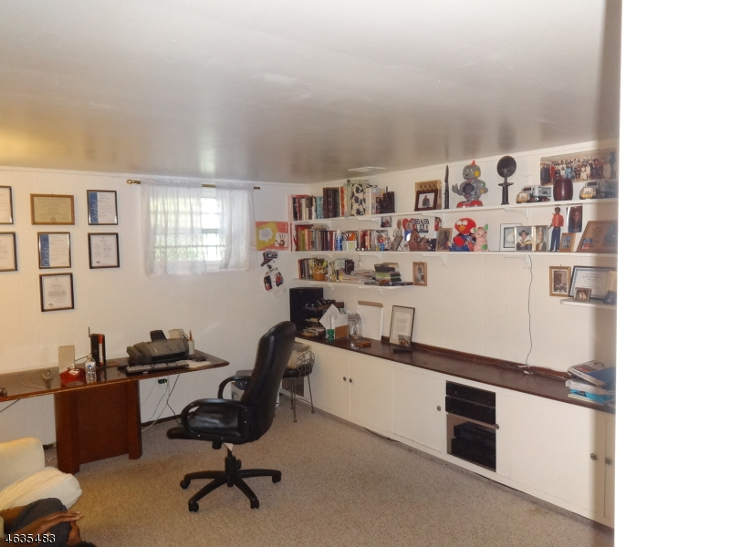 Additional photo for property listing at 14-16 N Edgewood Avenue  West Orange, Нью-Джерси 07052 Соединенные Штаты