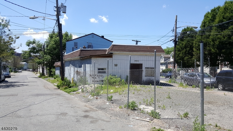 Additional photo for property listing at 72-78 GARFIELD Avenue  Paterson, 新泽西州 07522 美国