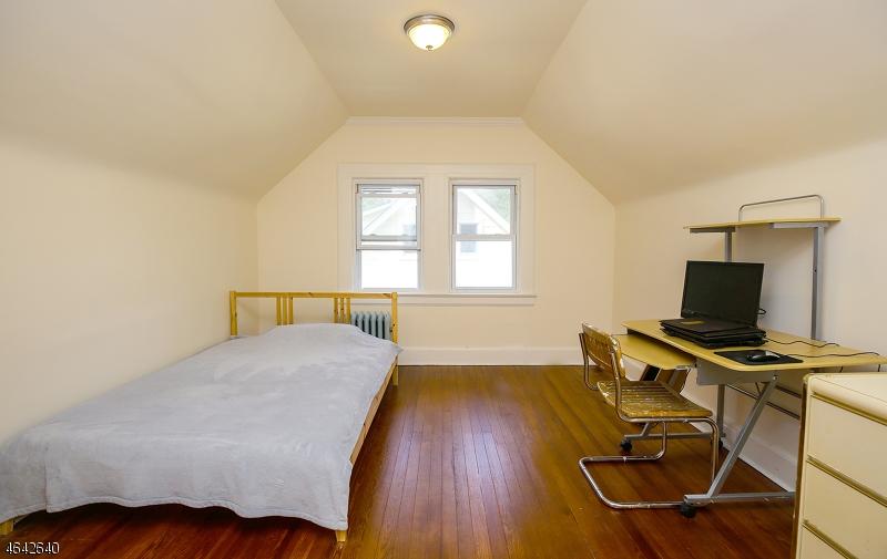 Additional photo for property listing at 115 Rynda Road  South Orange, Nueva Jersey 07079 Estados Unidos