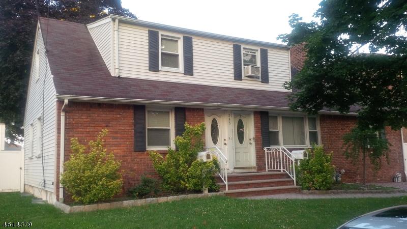 Многосемейный дом для того Продажа на 245 N 11th Street Kenilworth, Нью-Джерси 07033 Соединенные Штаты