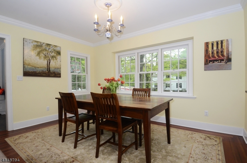 Additional photo for property listing at 2 Prospect Street  Mendham, Nueva Jersey 07945 Estados Unidos