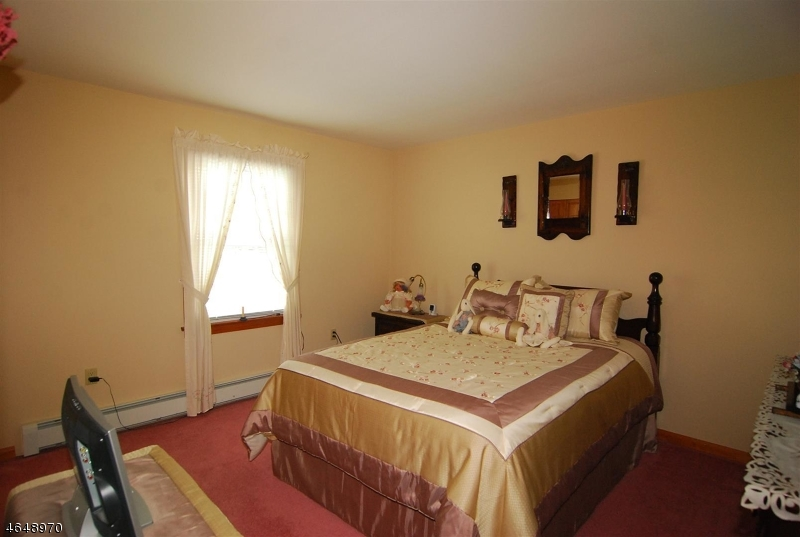 Additional photo for property listing at 50 Highland Road  Hackettstown, New Jersey 07840 United States