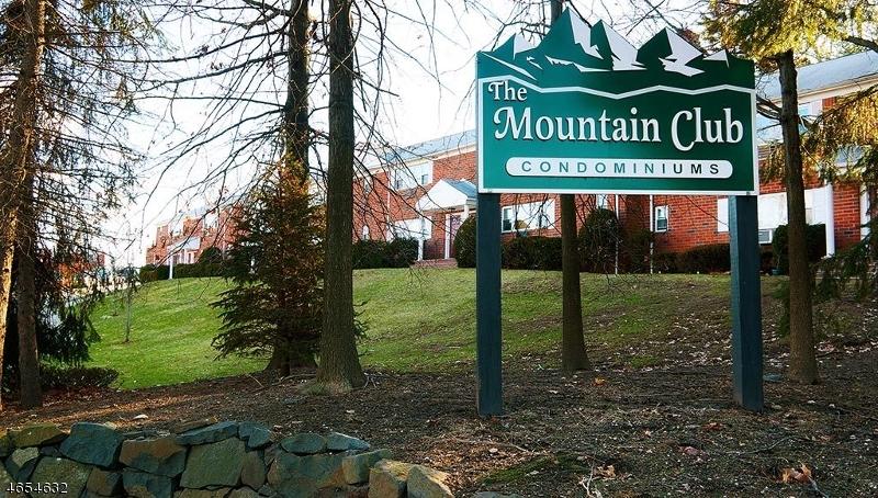 独户住宅 为 出租 在 2467 Route 10 莫里斯平原, 新泽西州 07950 美国